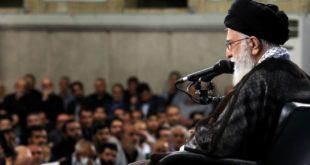 عقبنشینی خامنهای: آتش به اختیار به معنی فحاشی و بیقانونی نیست