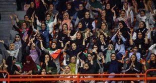 ورود زنان به ورزشگاه