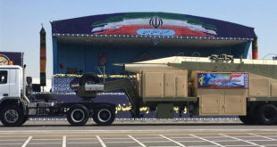 ایران از موشک بالستیک «خرمشهر» با برد ۲هزار کیلومتر رونمایی کرد